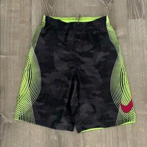 Nike boys large swim trunk